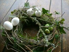 Easter wreath NaturPur table wreath moss wreath Easter decoration country house EXCLUSIVE in . Easter wreath NaturPur table wreath moss wreath Easter decoration country house EXCLUSIVE in f Decoration Christmas, Diy Easter Decorations, Decoration Table, Holiday Decor, Easter Flower Arrangements, Easter Flowers, Easter Wreaths, Christmas Wreaths, Moss Wreath