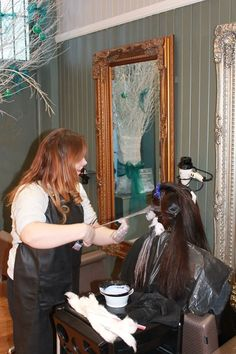At work in the Simone Thomas Salon! #Hair #beauty #colour #haircolour #hairstyle #salon