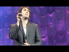 ▶ Josh Groban.Paris.Happy in my heartache.10 Juin 2013.All That Echoes Tour . - YouTube