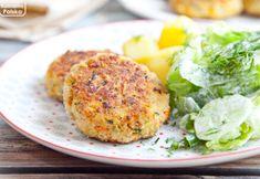 Kotleciki mięso-warzywne z cukinią. Zdrowsza wersja mielonych. PRZEPIS Salmon Burgers, Mozzarella, Ethnic Recipes, Food, Diet, Essen, Meals, Yemek, Eten