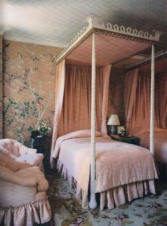 bad1d807c649 爱 home decor in Chinese Chippendale style - Michael Taylor designed guest  bedroom for Nan Kempner with Chinoiserie wallpaper
