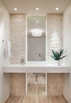 bano con espejo vertical