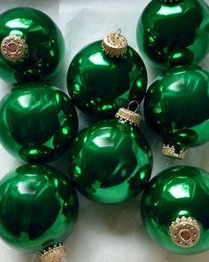 SMARAGD GRÜN glanz- 8 Weihnachtskugeln aus Glas - Christbaumkugeln