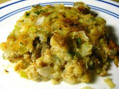 My Daddy loved his oyster dressing! From: I Believe I Can Fry: Oyster Dressing Oyster Recipes, Cajun Recipes, Seafood Recipes, Cooking Recipes, Cajun Food, Freezer Cooking, Fish Recipes, Crockpot Recipes, Oyster Dressing