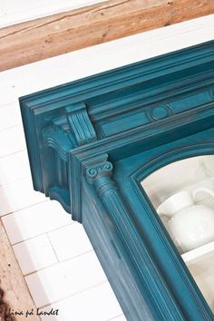 Using two parts Aubusson Blue Annie Sloan Chalk Paint® to one part Florence, I love how this particular mix has so much depth to it, really working with all the interesting detailing of the piece.  For bed?