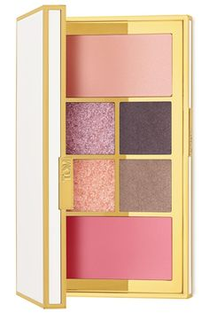 Absolutely loving this Tom Ford palette that includes four eyeshadows, highlighter and a blush in a cool wave of hues. This palette is perfect for creating an array of luxurious looks.