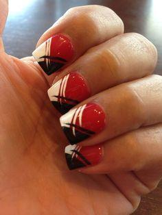 Black, red, and white nails football nail designs, football nails, red nail Red Gel Nails, Black Nail Art, Hot Nails, Blue Nails, Nail Nail, Pastel Nails, Nail Polish, Football Nail Designs, Football Nails