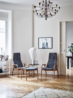 The Lamino Chair and Footstool are made from natural materials, and are masterfully hand-crafted with comfort in mind. Small Modern Home, Royal Design, Interior Stylist, Home Staging, Interior Design Living Room, Room Interior, Room Chairs, Timeless Design, Scandinavian Design
