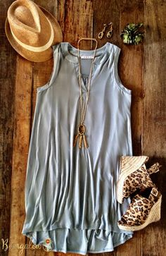 Siouxsie Dress - Gray – Bungalow 123 Wedges Outfit, Spring Summer Fashion, Spring Outfits, Autumn Fashion, Casual Outfits, Cute Outfits, Fashion Outfits, Womens Fashion, Look Boho Chic