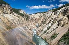 Yellowstone National Park: Planning Tips for Family Vacations. Includes time of day to go, how to avoid traffic, unique things to pack, etc.