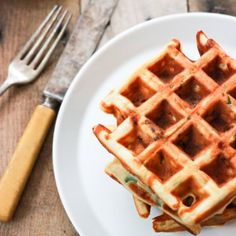 Cheddar and Sausage Waffles. So easy and perfect for breakfast or brinner!