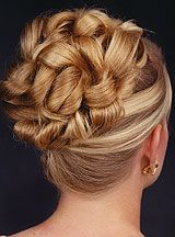 PROM HAIRSTYLES: Prom Hair To Be Remembered