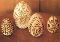 pyrography decorated eggs