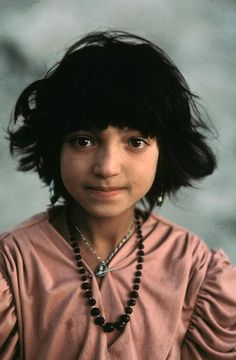 Little girl from Herat, Afghanistan - 1992  Steve McCurry