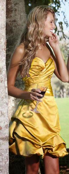 Beauty and the Beast Wedding Ideas | Bridesmaid Dress. http://simpleweddingstuff.blogspot.com/2014/03/beauty-and-beast-wedding-ideas.html