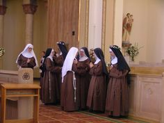 Franciscan Vows and Habit-Taking Ceremony The Nun's Story, Professional Nurse, Religion Catolica, Help The Poor, Bride Of Christ, Vows, Sisters, Spirituality, Portrait