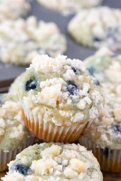 STARBUCKS COPYCAT BLUEBERRY MUFFINSFollow for recipesGet your  Mein Blog: Alles rund um Genuss & Geschmack  Kochen Backen Braten Vorspeisen Mains & Desserts!