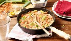 Das leckere Rezept für Möhren-Lauch-Geschnetzeltes in leichter Frischkäsesauce zeigt dir MAGGI.