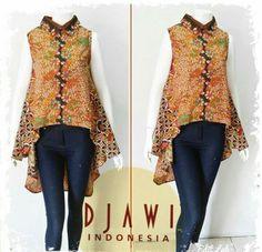 Blouse Batik, Batik Dress, Outer Batik, Casual Dresses, Fashion Dresses, Batik Kebaya, Batik Fashion, Kurti Neck Designs, Only Fashion