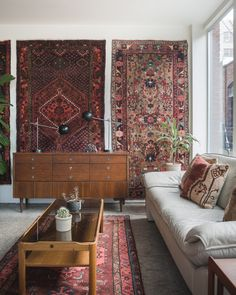 """homesteadseattle: """" ☔️ outside but good vibes in the shop. here till 6 and we've got new rugs that were just added to the site. Home Bedroom, Rugs In Living Room, Living Room Decor, Bedroom Decor For Couples, Diy Bedroom Decor, Home Decor, Home Interior Design, Interior Decorating, Persian Decor"""