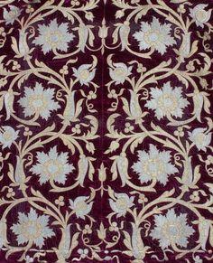 Detail ottoman robe