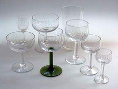 Lasikammari–Tableware Kilta 1947-66 Hionta Göran Hongell Wine Glass, Glass Art, Kosta Boda, Midcentury Modern, Mid Century, Ceramics, Glasses, Tableware, Design