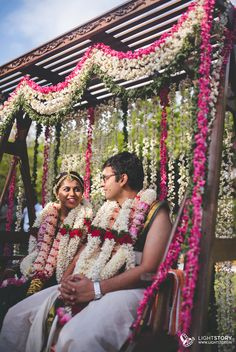 A Photographer's Delight! India Wedding, Tamil Wedding, Wedding Mandap, Garland Wedding, Punjabi Wedding, Wedding Swing, Wedding Stage, Wedding Pics, Wedding Couples