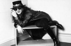 "From an ""iconic"" 1988 photo session - copyright George Chin/IconicPix Music Stuff, My Music, Sisters Of Mercy, Post Punk, Photo Sessions, Riding Helmets, Waves, Carrie, Gothic"