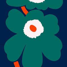 Unikko Anniversary HW sateen fabric by Marimekko I'm overwhelmed. I love Marimekko ! Marimekko Wallpaper, Marimekko Fabric, Design Textile, Fabric Design, Pattern Design, Textures Patterns, Fabric Patterns, Print Patterns, Dark Blue Green