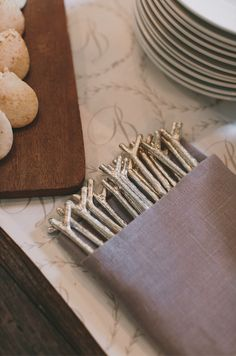 twig forks at baby shower by Ritzy Bee Events and @simplesong. Photography by Maria Vicencio.