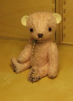 Artist bears and needlework by Pink Veen: FREE PATTERNS: teddybears; elephants and more - and knitting