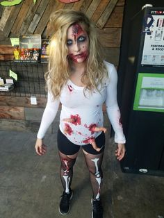 Top 31 Spine Chilling Pregnant Halloween Costumes for you - halloween-costumes - Schwanger Halloween Outfits, Clown Halloween, Halloween 2018, Fall Halloween, Halloween Makeup, Halloween Pregnant Costume, Maternity Halloween, Deviled Egg Costume, Pregnancy Costumes