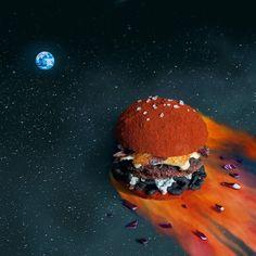 """The End Burger. Et si tout finissait par un burger?"" by Fat & furious burger Hamburgers Gastronomiques, Amazing Burger, Food Artists, Cooking Together, Food Humor, Cute Food, Funny Food, Food Design, Set Design"