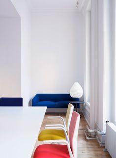 Arper's New York showroom, designed by architect Solveig Fernlund.