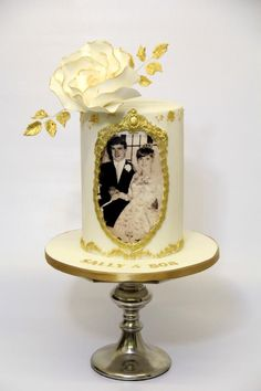 Golden Wedding Cake by Cake Addict Anniversary Cake Designs, Golden Anniversary Cake, 50th Wedding Anniversary Cakes, Diamond Wedding Cakes, Dad Cake, Cake Decorating, Photo Cakes, Bakery Decor, Facebook