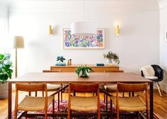 Small living room with dining table design ideas designs blur background interior minimalist sofa furniture marvellous Teak, Esstisch Design, Dining Table Design, Dining Tables, Dining Rooms, Dining Area, Dining Decor, Dining Sets, Expandable Dining Table