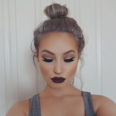 Love the neutral smokey eye with dark plum lips. I have been in love with blue and purple cold toned lipstick for a year, and I need more!