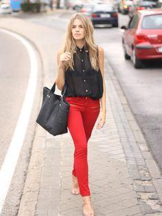 Mirian. Jeans de SUITEBLANCO.  (Imagen vía HoneyDressing).