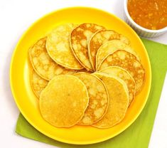 Placki bananowe z kaszy manny Snack Recipes, Dessert Recipes, Desserts, Eat Breakfast, Kids Meals, Chips, Food And Drink, Brunch, Baking
