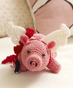 """""""Cu-Pig"""" Free Crochet Pattern from Red Heart...this ones for you meadow! (Yes I know it's a crochet pattern, but I can knit it! Love the idea!)"""