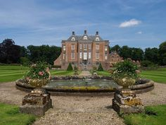 Castle Middachten is from The Netherlands. Old Mansions, Castle House, Old Buildings, Netherlands, Palace, Dutch, Lanterns, Places To Visit, England