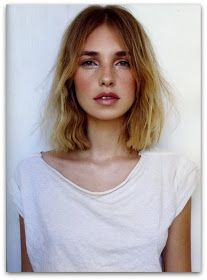 A blunt shoulder-length or shorter cut is an instantly fashion-forward look. #shoulderlength #mediumhair