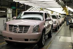 mary-kay-pink-escalades.... I WANT ONE SOOO BAD!!!! can i get one even if i don't work at mary-kay?