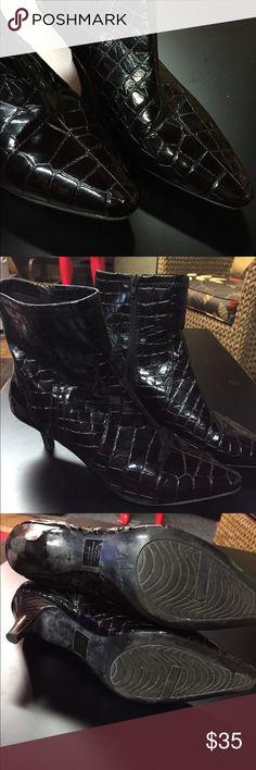 """Brown alligator print booties. Great brown alligator print booties. Cute 2"""" heel. Bandolino Shoes"""