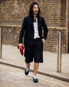 Karlmond Tang 📸 @garconjon London Fashion Week Mens, New York Fashion, Mens Fashion, Fashion Trends, Vogue Photographers, Street Style Trends, Vogue Australia, Australian Fashion, Moda Masculina