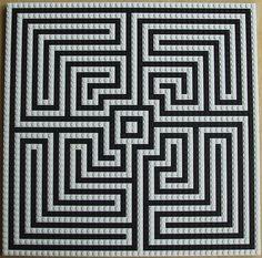 The Art of Lego Building Labyrinth Maze, 8th Grade Art, Labrynth, Maya, Minecraft Tutorial, Minecraft Blueprints, Meditation, Op Art, Optical Illusions