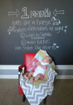 Monthly Newborn pictures cute idea so you dont have to remember everything!!!