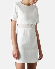 Infatuated with this cream Topshop number. The delicately scalloped edges add such elegance to this beautifully cut chiffon dress.