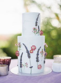 Looking for Chic Garden Party Ideas, We Have Just The Thing modern floral wedding cake idea Floral Wedding Cakes, Fall Wedding Cakes, Wedding Cake Designs, Wedding Cake Toppers, Modern Wedding Cakes, Gold Wedding, Elegant Wedding, Purple Wedding, Wedding Shoes