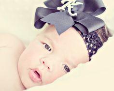 Love big bows and babies!